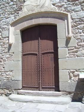 Puerta de la Iglesia del Roser
