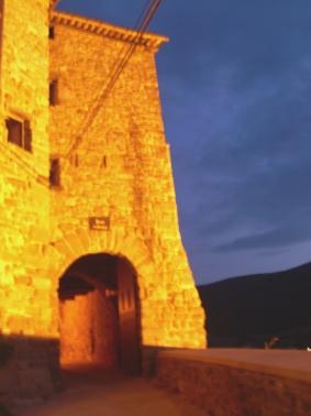 Portal de Cardona